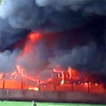 Tin tức trong ngày - Cháy xưởng may, hơn 1000 xe máy cháy rụi