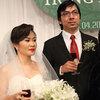 Giáo sư Xoay hạnh phúc bên cô dâu