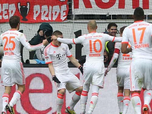 Khoảnh khắc Bayern vô địch sớm Bundesliga - 4