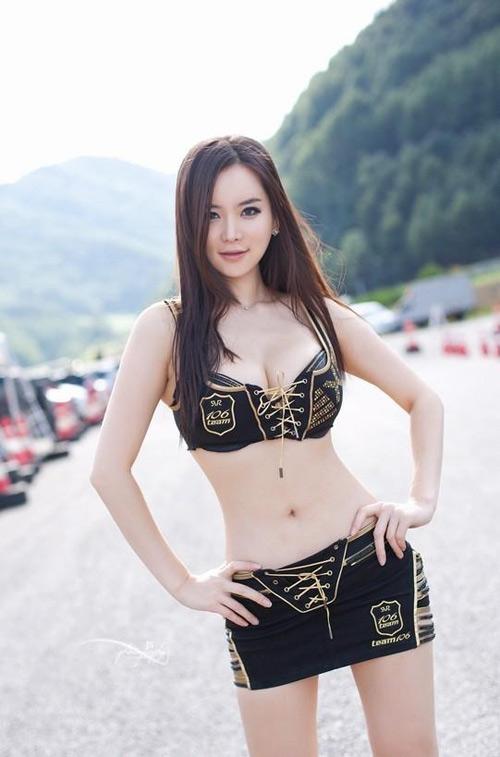 """Gan Lu Lu lại """"tiếp thị"""" cơ thể trơ trẽn - 10"""