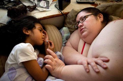 10 ảnh độc của bà mẹ 453kg - 3