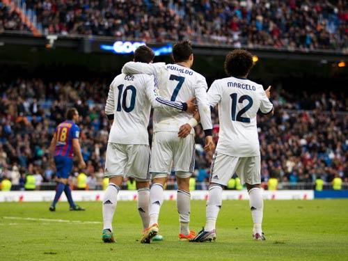 """Real: """"Bàn tay nhỏ"""" cho Mourinho - 2"""