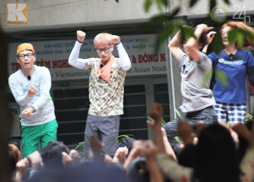 Dàn sao Hàn nhảy điên cuồng cùng fan Việt - 11