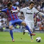 Bóng đá - Real – Levante: Chơi bóng nửa sân