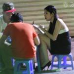 Ca nhạc - MTV - Thủy Tiên lái xế hạng sang đi ăn vỉa hè