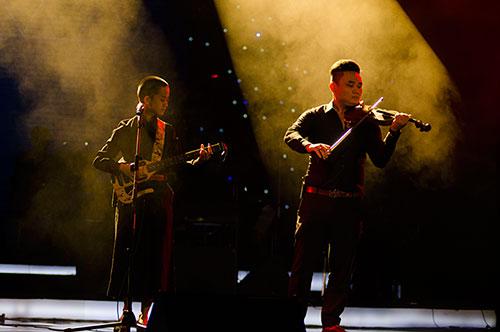 Hương Tràm tỏa sáng tại Bài hát yêu thích - 16