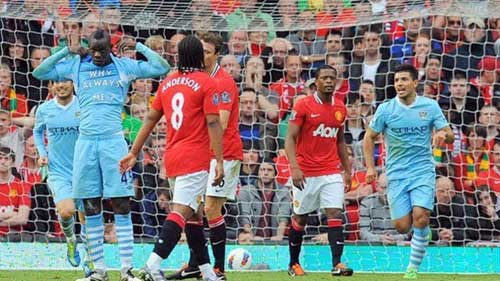 MU gặp Man City: Còn ai nhớ Balotelli? - 1