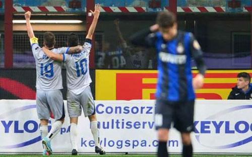 """Serie A sau V31: """"Ma ám"""" thành Milan - 2"""