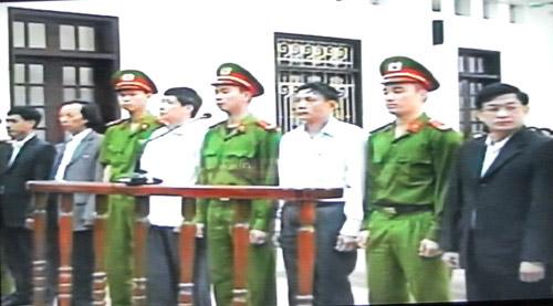 Cựu lãnh đạo Tiên Lãng đổ tội cho nhau - 1