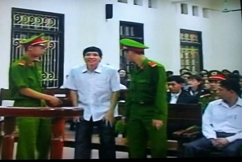 Cựu lãnh đạo Tiên Lãng đổ tội cho nhau - 2