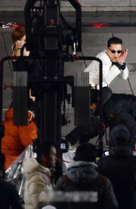 1,5 tỷ người xem và MV mới của Psy - 12