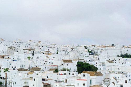 Thị trấn Trắng xinh đẹp ở Tây Ban Nha - 4