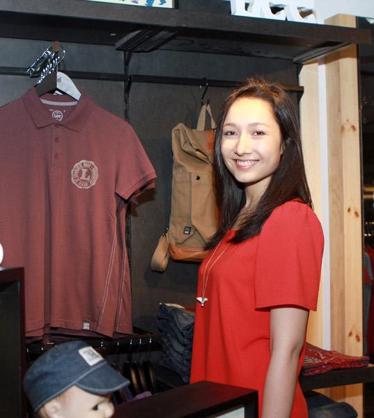 Mr Đàm đi mua sắm cùng con gái Mỹ Linh - 7