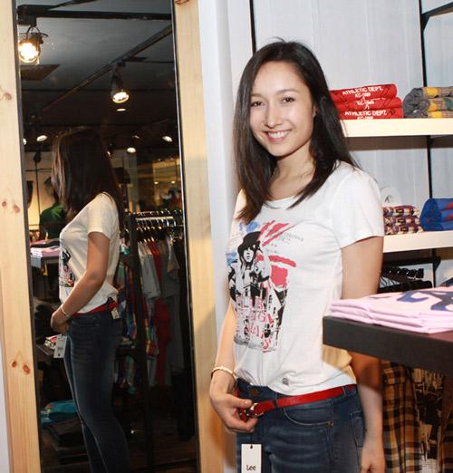 Mr Đàm đi mua sắm cùng con gái Mỹ Linh - 12