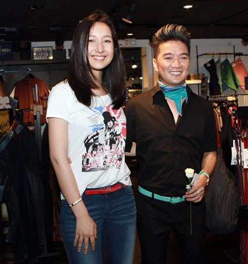 Mr Đàm đi mua sắm cùng con gái Mỹ Linh - 18