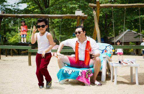 """""""Tiểu Psy"""" môi giới hôn nhân VN – HQ - 3"""