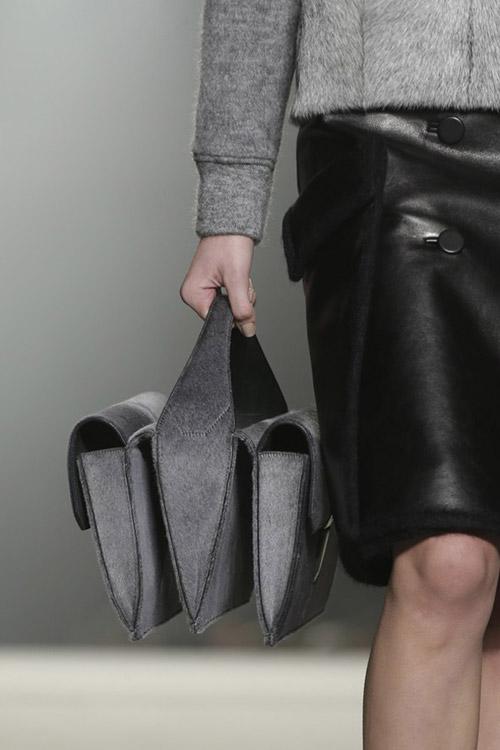13 chiếc túi thu đông cần phải biết - 13