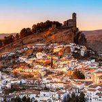 Du lịch - Thị trấn Trắng xinh đẹp ở Tây Ban Nha