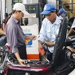 Tin tức trong ngày - Xăng dầu bất ngờ giảm giá từ tối 9/4
