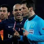 Bóng đá - HOT: Trọng tài bắt trận PSG - Barca bị phạt nặng