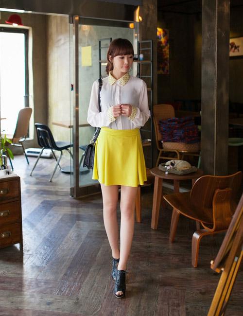 Chọn chân váy màu sắc cho nữ công sở trẻ - 4