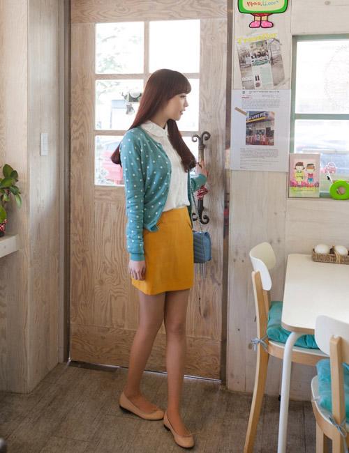 Chọn chân váy màu sắc cho nữ công sở trẻ - 15