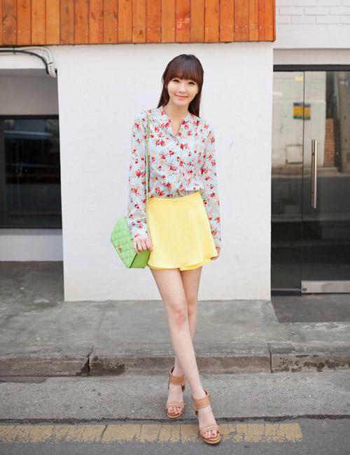 Chọn chân váy màu sắc cho nữ công sở trẻ - 18