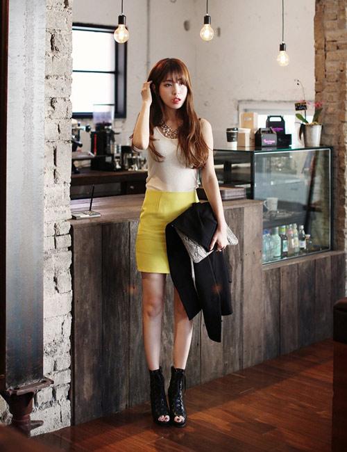 Chọn chân váy màu sắc cho nữ công sở trẻ - 10