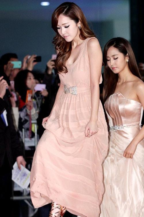 Cận cảnh 3 biểu tượng thời trang xứ Hàn - 15
