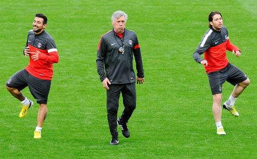 PSG tự tin tới Nou Camp - 1