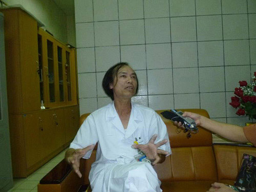 Trẻ bệnh nặng vì mẹ không biết chăm sóc - 2