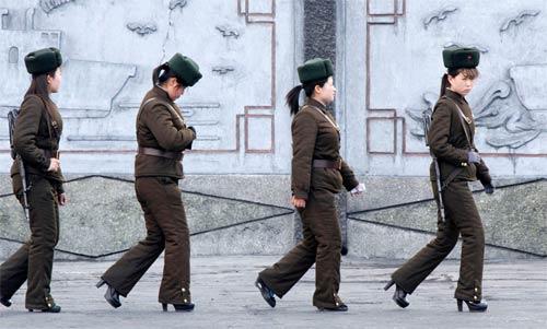 Ảnh hiếm về cuộc sống Triều Tiên bên sông - 1