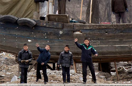 Ảnh hiếm về cuộc sống Triều Tiên bên sông - 5