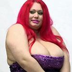 Phi thường - kỳ quặc - Người phụ nữ có bộ ngực 32 kg