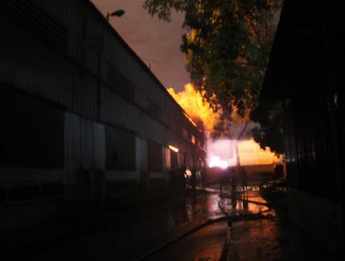 Hỏa hoạn bao trùm KCN Sóng Thần - 2