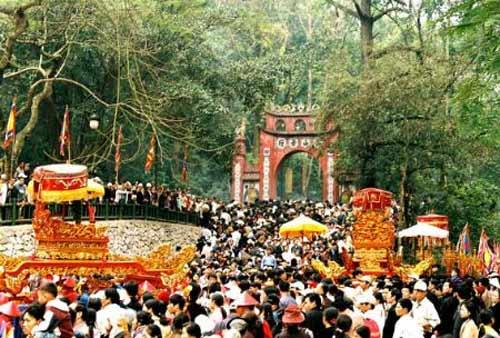 Hơn 3 triệu người dự Giỗ Tổ Hùng Vương - 1