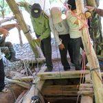 Tin tức trong ngày - Phu vàng xứ Quảng: Đổ máu nơi hầm sâu