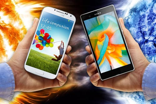 Samsung Galaxy S4 vs Sony Xperia Z: Khi hA�ng kha��ng cha??m trA?n - 1