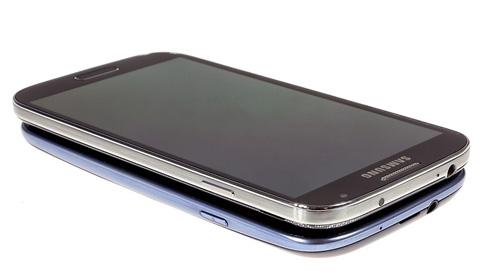 Samsung Galaxy S4 vs Sony Xperia Z: Khi hàng khủng chạm trán - 6
