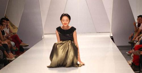 Khi mẫu Việt đổ rạp trên sàn diễn - 7