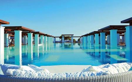 12 bể bơi lung linh nhất hành tinh - 4