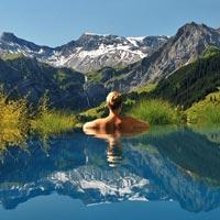 12 bể bơi lung linh nhất hành tinh