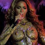 Thời trang - Beyoncé gây ám ảnh vì bộ váy kỳ cục