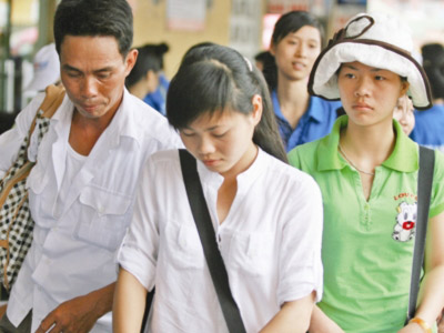 Đại học mở TP.HCM: Đột ngột ngưng tuyển hệ CĐ - 1