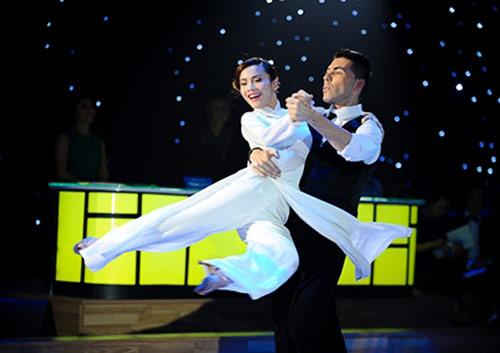 Bước nhảy Hoàn vũ: Dù kín vẫn đẹp & sexy - 1