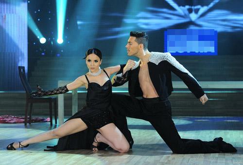 Bước nhảy Hoàn vũ: Dù kín vẫn đẹp & sexy - 14
