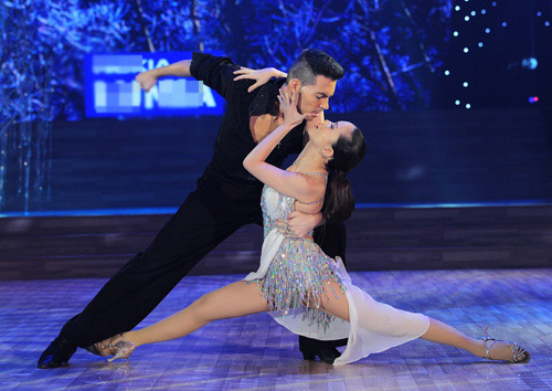 Bước nhảy Hoàn vũ: Dù kín vẫn đẹp & sexy - 15