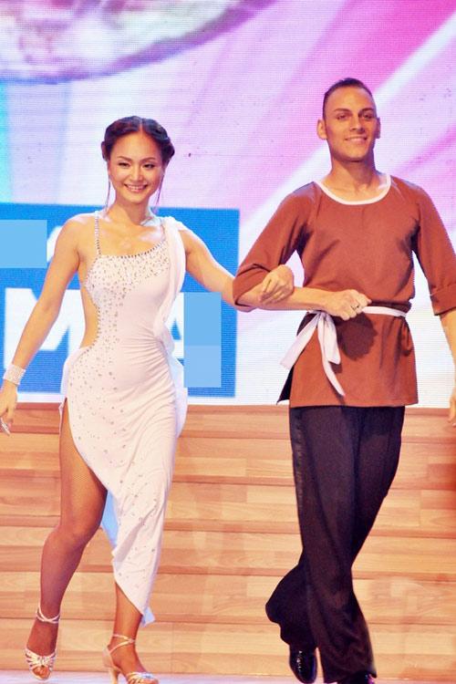 Bước nhảy Hoàn vũ: Dù kín vẫn đẹp & sexy - 19