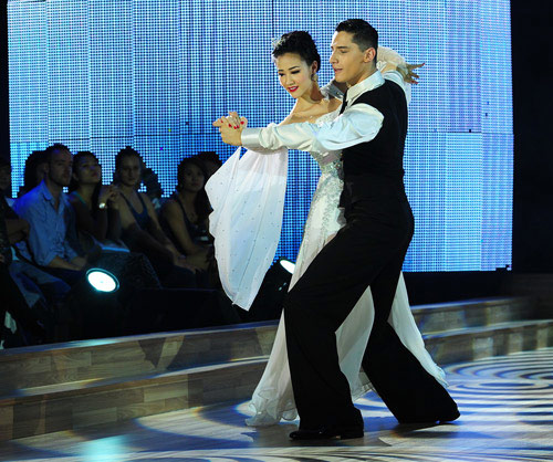 Bước nhảy Hoàn vũ: Dù kín vẫn đẹp & sexy - 7