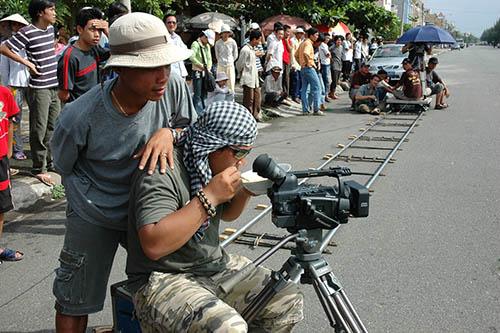 Bi hài bối cảnh phim trường Việt - 2
